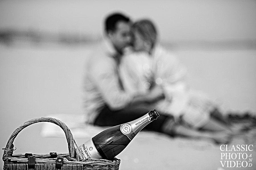 Modern Engagement Photos – Philadelphia